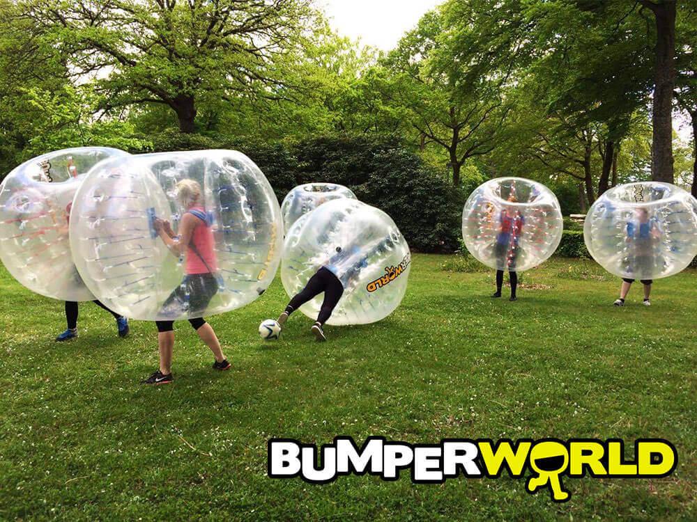 Bumperballs i den lokale park
