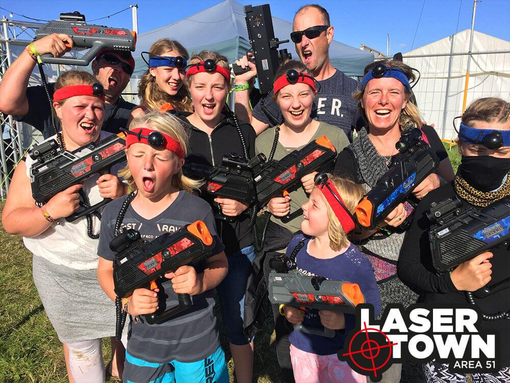 Aktivitet til byfest: lasergame