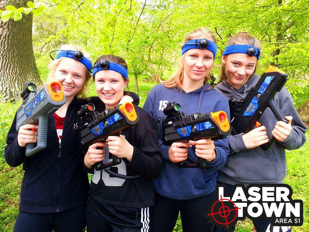 Blå Mandag: Lasergame